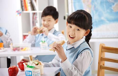 开学啦!营养师支招孩子午餐