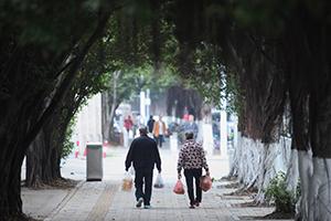 深圳老年人已超120万,预计2023年迈入老龄化社会