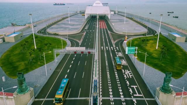 港珠澳大桥这一年:桥相连,心相通,梦正圆
