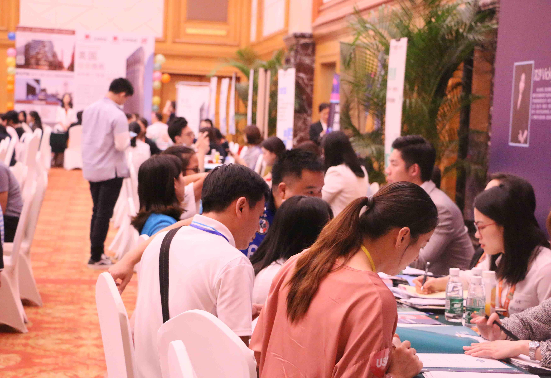 提升国际竞争力、开拓眼界,是中国学生海外读研主要原因