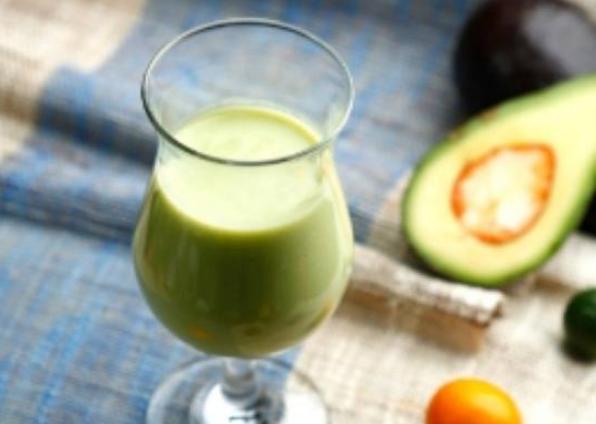牛油果+酸奶=健康美味两者兼得