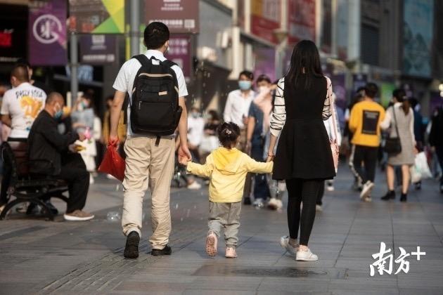 深圳各大商圈又热闹起来了!消费提振市场盘活