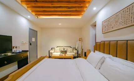 A picture containing indoor, ceiling, wall, bed  Description automatically generated